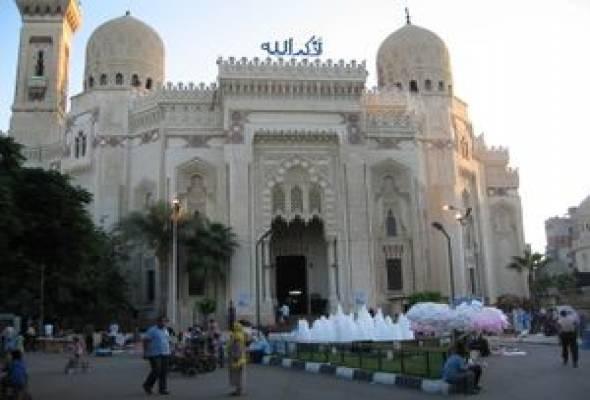 Day Tour Roman Theater, Alexandria Library & QaytBay Citadel